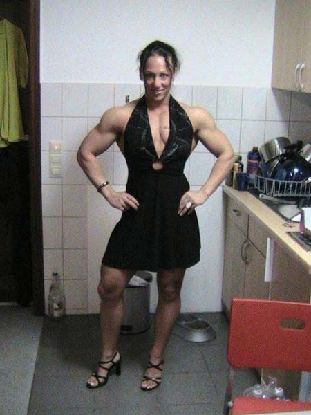 Mujeres Musculosas 11
