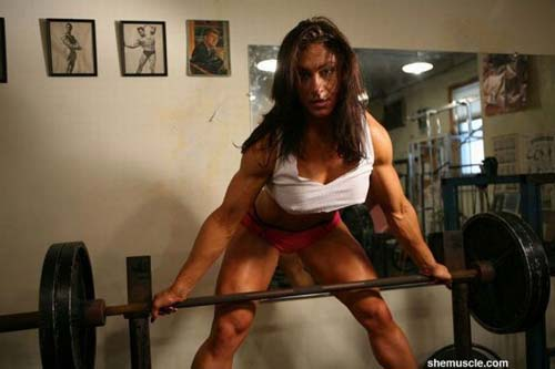 Mujeres Musculosas 12